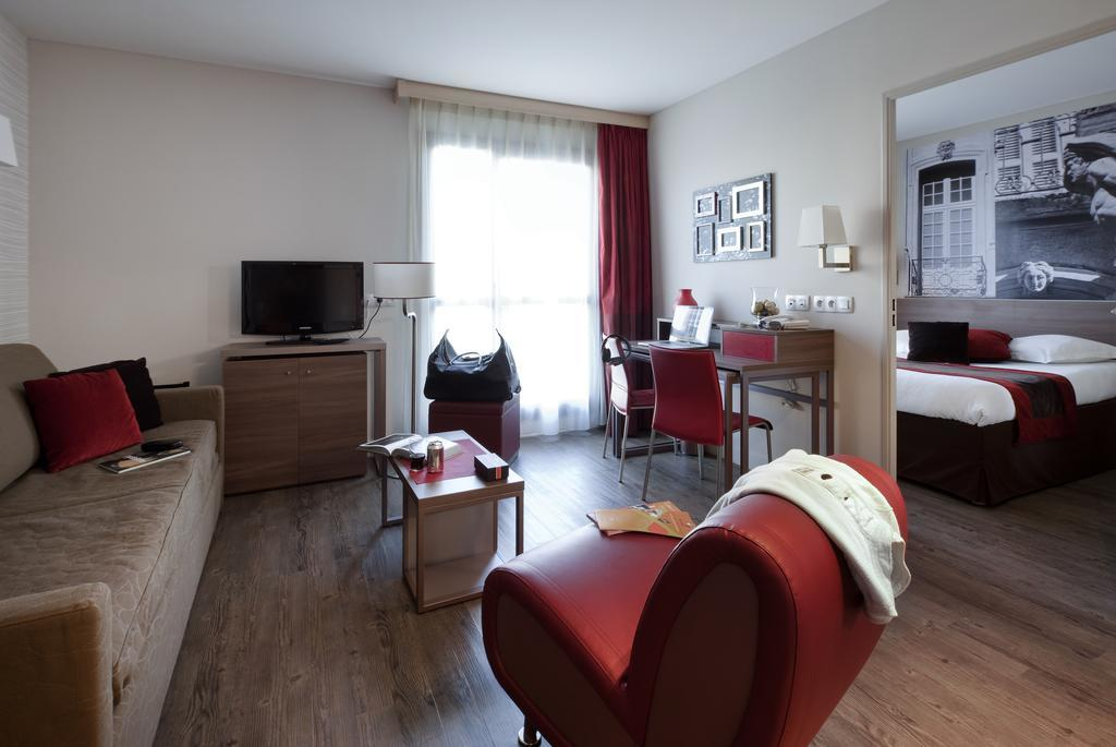 hotel adagio aparthotel aix en provence centre. Black Bedroom Furniture Sets. Home Design Ideas